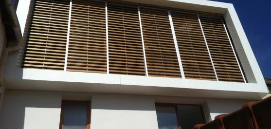 Cadre en métal en Facade d'une Maison Villa Prestinari. Architectes : MesoStudio