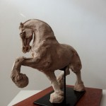 Cheval debout 150x150 Chevaux // Soclage // Agnès Aubert